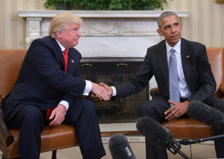مصافحة بين اوباما وترامب في البيت الابيض الخميس 10 تشرين الثاني/نوفمبر 2016 في واشنطن