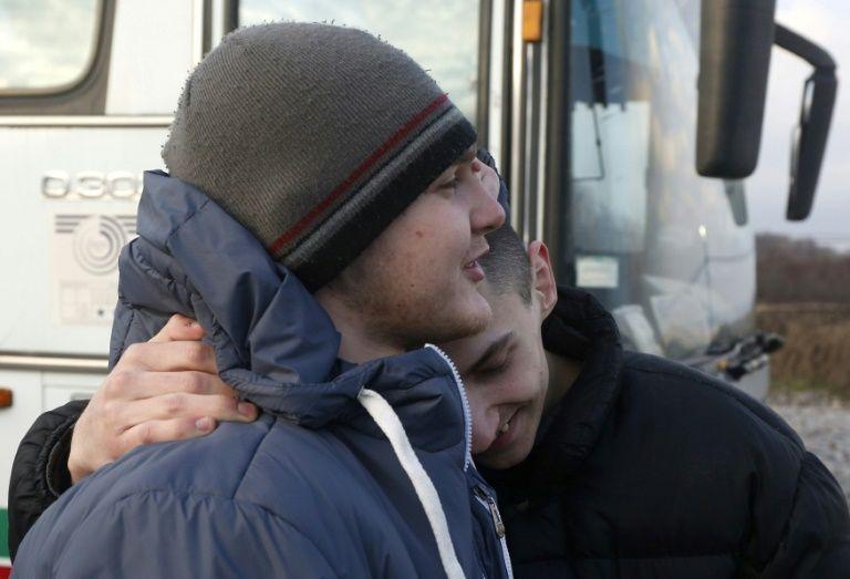 Ukraine, pro-Russian rebels swap prisoners