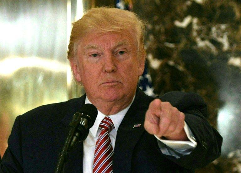 Trump dissout 2 de ses conseils économiques après la vague de démissions de PDG