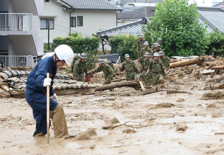 Chine: glissement de terrain, 100 personnes seraient ensevelies