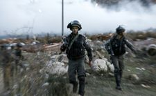 Palestinian wearing apparent suicide belt stabs IDF soldier as clashes persist