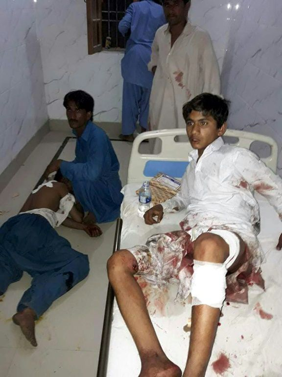 Pakistan: le bilan de l'attaque d'un sanctuaire soufi passe à 70 morts