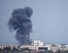Israeli air force strikes Hamas targets in Gaza after device explodes on border