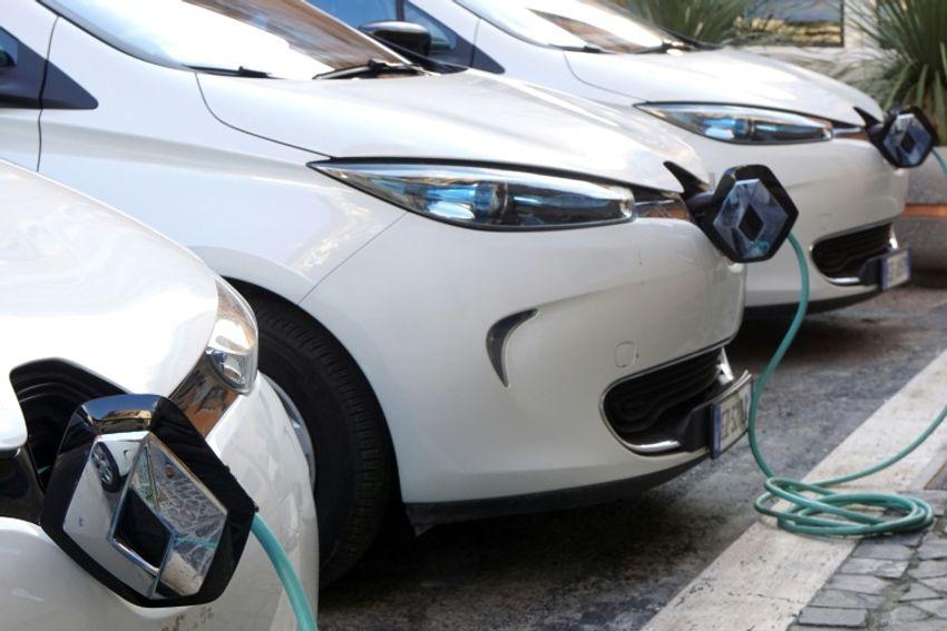 Des voitures électriques - Image d'illustration.
