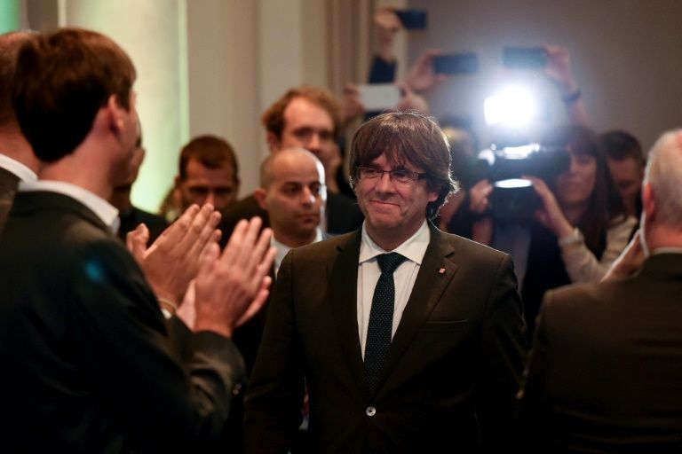 Decision deferred on Catalan politicians' extradition