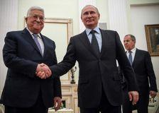 Le président de l'Autorité palestinienne Mahmoud Abbas et son homologue russe Vladimir Poutine à Moscou, le 12 février 2018