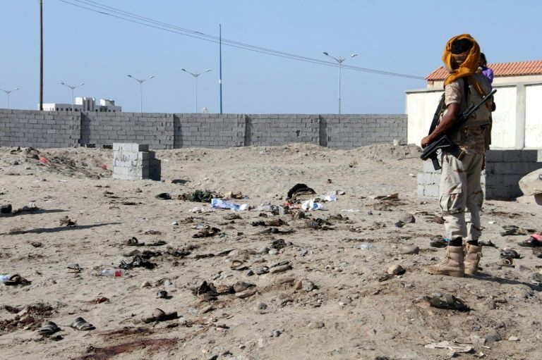 La base militaire d'al-Sawlaban à Aden après un attentat suicide, le 18 décembre 2016