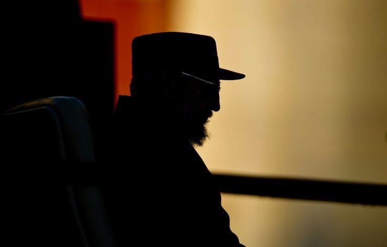 كاسترو عام 2010 قبل القاء خطاب في هافانا