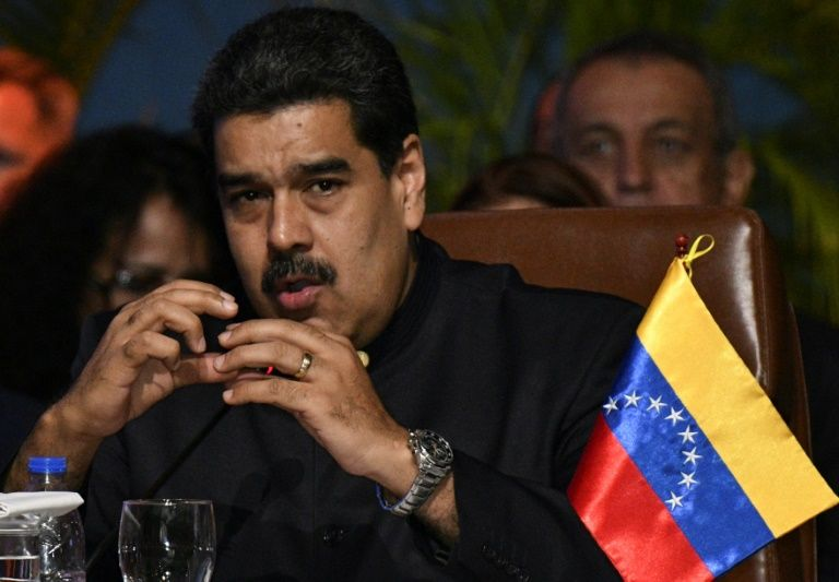 Venezuela arrests Del Pino, Martinez in corruption probe