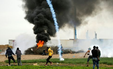 الجيش الإسرائيلي يعلن أنه أغار على مواقع حمساوية في غزة ردا على إطلاق صواريخ
