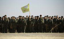 مقاتلون من قوات سوريا الديموقراطية يستعدون لمعركة الرقة 10 ديسمبر 2016