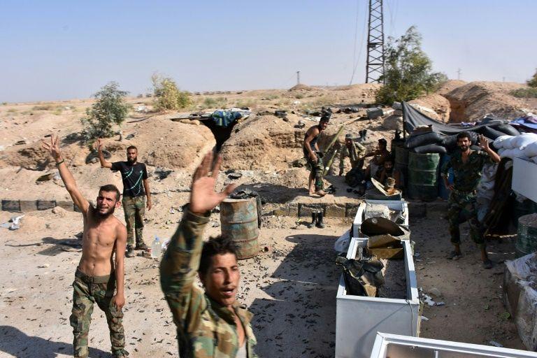Russian, US-led strikes kill 35 civilians in Syria's Deir Ezzor: monitor