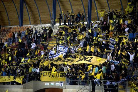 """Israël: le club de foot de Jérusalem se renommera """"Beitar Trump"""""""