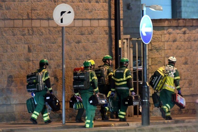 Une explosion fait 22 morts et 59 blessés — UK / Manchester