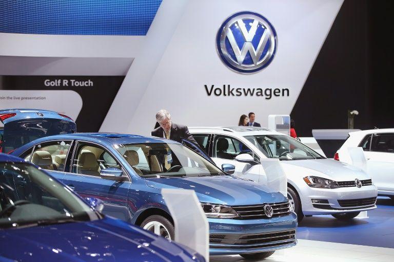 i24NEWS - Scandal-hit VW also faces a US union battle