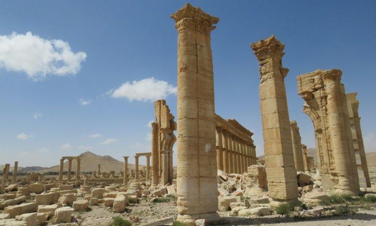 Les vestiges de l'Arc de Triomphe de Palmyre, le 27 mars 2016