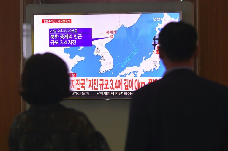 USA bombers, fighters give show-of-force off coast of N. Korea