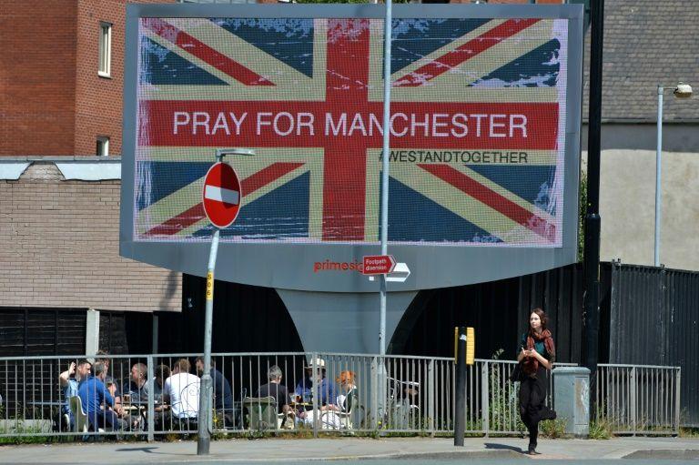 داعش يتبنى الهجوم في مانشستر والكشف عن هوية الانتحاري