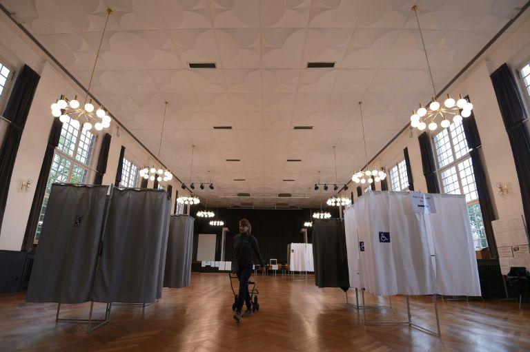 Bretagne: le FN fait retirer une expo sur la Shoah