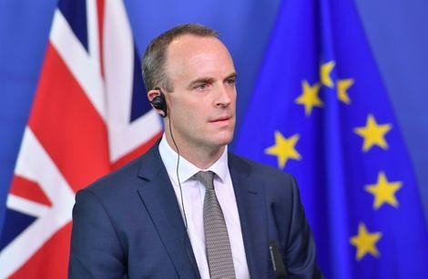 Dominic Raab, le ministre britannique du Brexit qui a annoncé sa démission, photographié lors d'une conférence de presse à Bruxelles le 31 août 2018