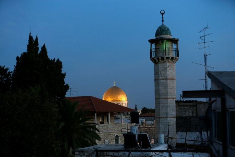 Israeli lawmakers give initial approval to bills quieting mosques