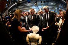 Macron, un président 2.0 au salon VivaTech