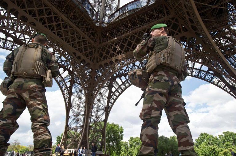 Attaque d'un militaire à Châtelet : le suspect mis en examen et écroué