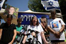 Israël/ corps des terroristes: la famille Goldin fustige le gouvernement