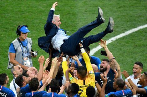 Mondial 2018: les Bleus champions du monde 20 ans après leur premier sacre