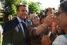 Macron au coeur d'une nouvelle polémique après un échange avec un chômeur