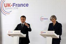 Macron et May signent un traité sur le contrôle de l'immigration à la frontière