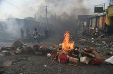 Violences en Haïti: le PM suspend la hausse des prix des carburants