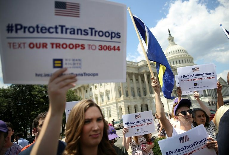 Admiral supports transgender troops