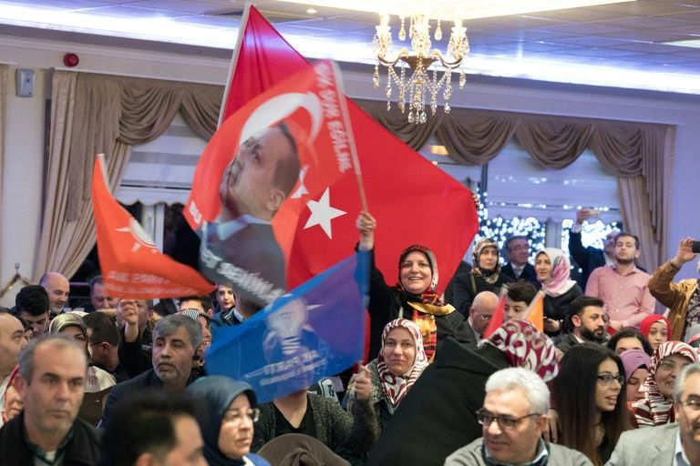 Turkey referendum: Dutch are Nazi remnants, claims Erdogan