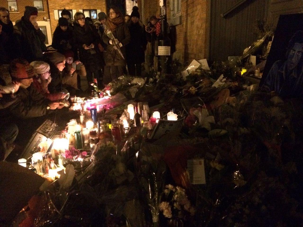 Fans outside Leonard Cohen's Montreal residence
