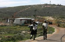 Israeli army accused of not stopping settlers who hurled stones at Palestinians