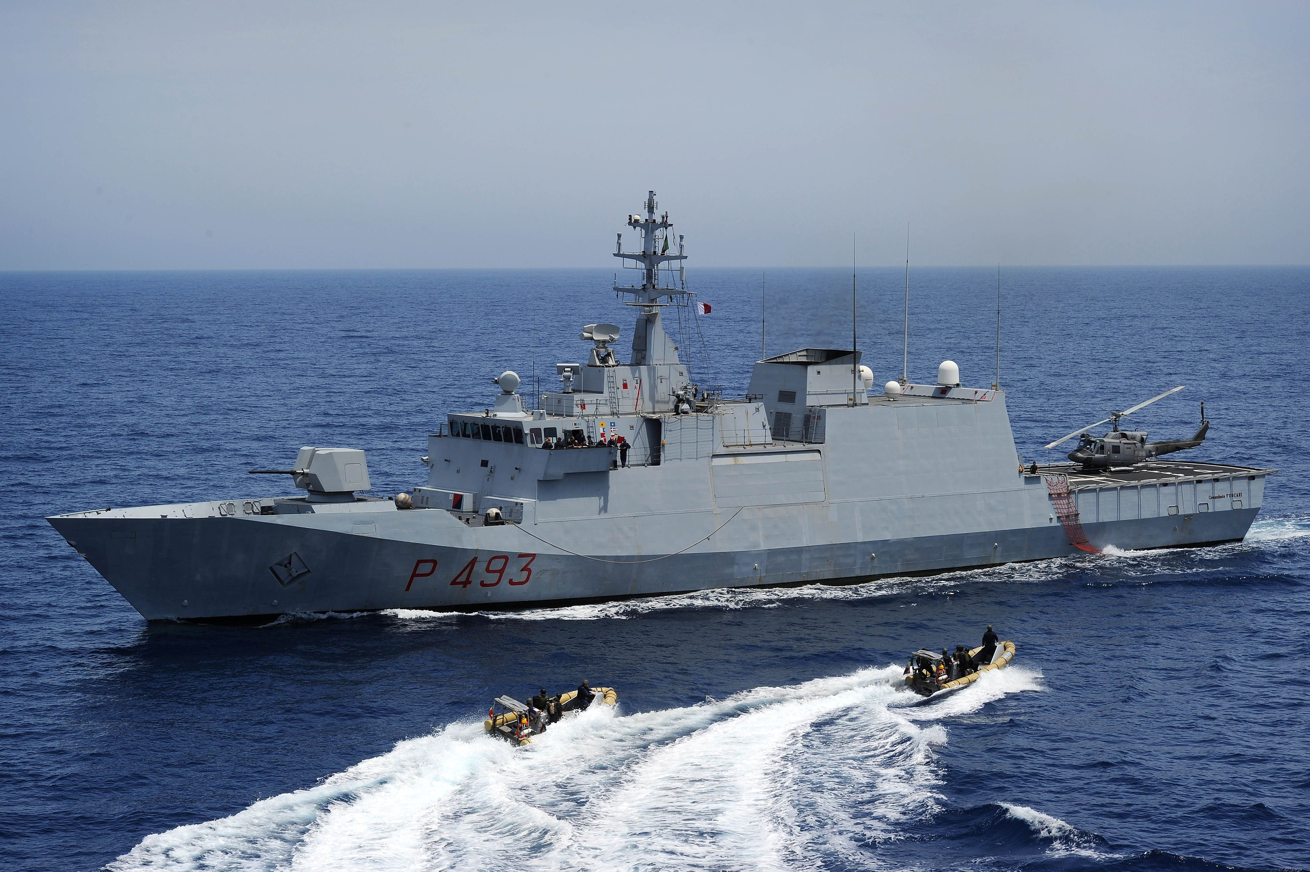 i24NEWS - Israeli navy engineers in Germany to help with
