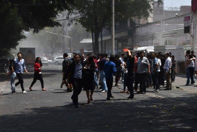 Un puissant séisme secoue Mexico, au moins deux morts