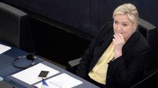 Marine Le Pen devra rembourser 300.000 euros au Parlement européen