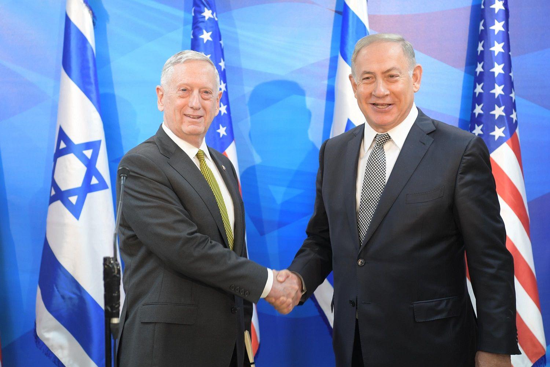 Le chef du Pentagone met en garde Damas contre l'utilisation d'armes chimiques
