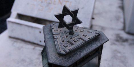 Alsace: plusieurs dizaines de stèles profanées dans un cimetière juif