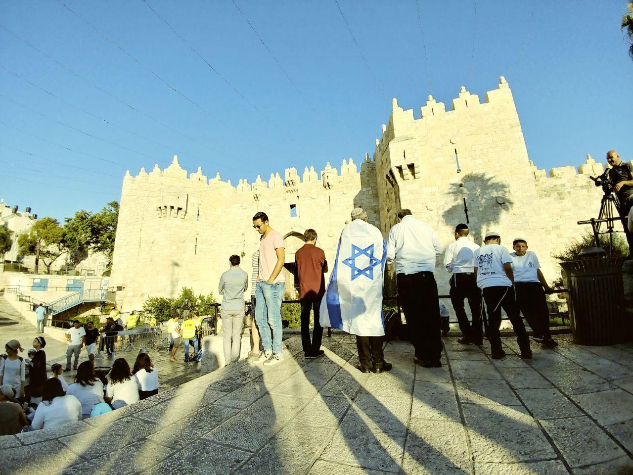 Des milliers d'Israéliens célèbrent les 50 ans de la réunification de Jérusalem