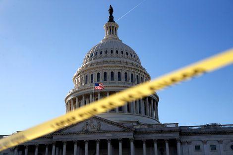 US lawmakers in bid to end shutdown stalemate