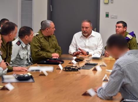 Israël: le ministre de la Défense va-t-il démissionner ?