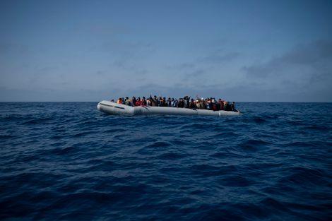 Over 50 dead in Tunisia, Turkey migrant boat disasters