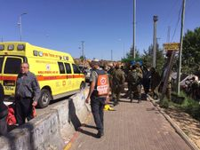 Attaque terroriste près d'Ofra: l'armée israélienne continue ses recherches
