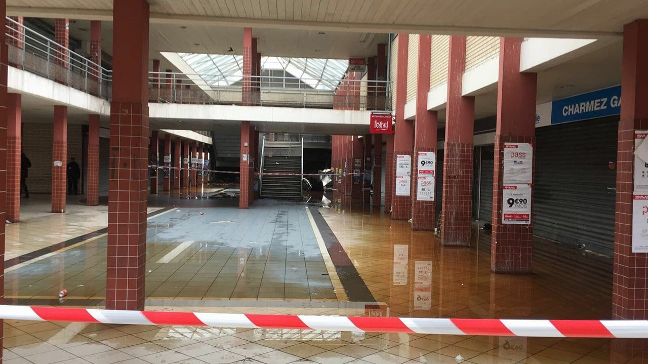 French kosher store burns down on terror attack anniversary