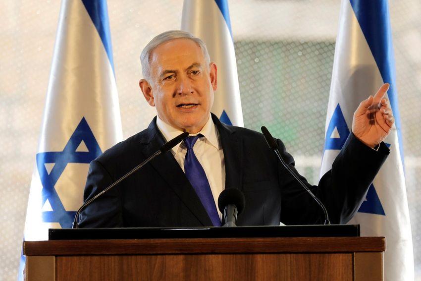 O primeiro-ministro de Israel, Benjamin Netanyahu, gesticula enquanto fala durante uma cerimônia perto do local mais sagrado de Hebron, na parte controlada por Israel da cidade de Hebron, na Cisjordânia, quarta-feira, 4 de setembro de 2019