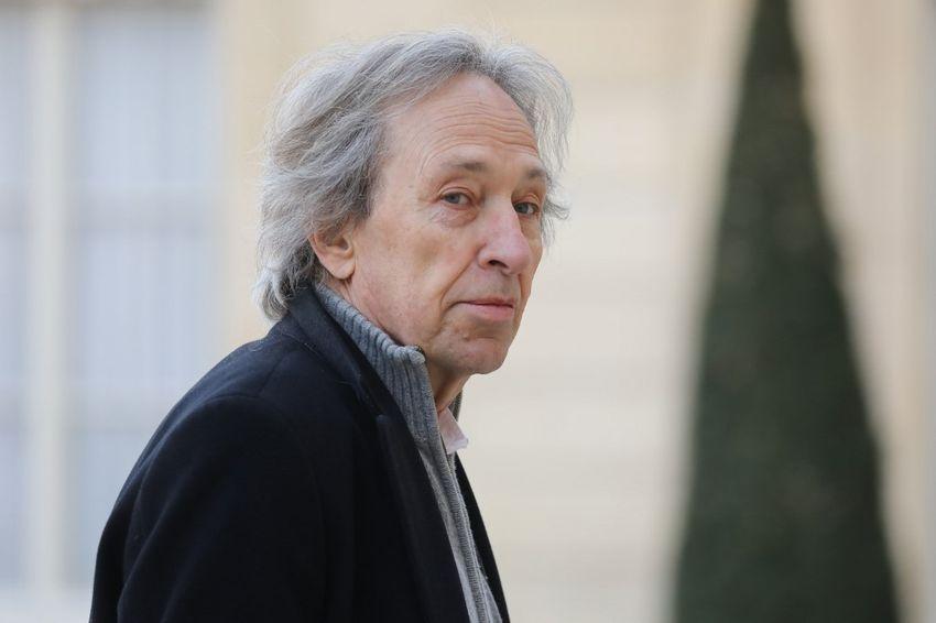 """""""Le Virus Touche Quelque Chose De Fondamental"""