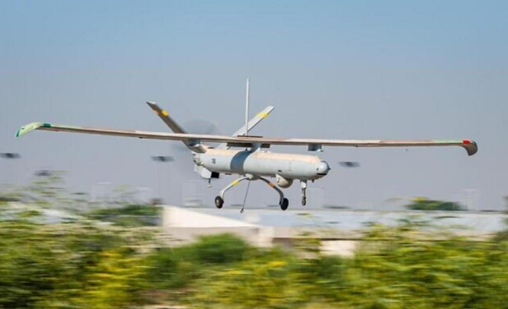 طائرة إسرائيلية بدون طيار من طراز هيرمس 450 تحلق في تمرين دولي أطلق عليه اسم الحماة الزرق، Blue Guardian، انطلق في 12 يوليو 2021.